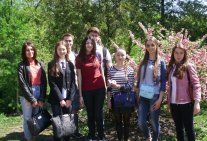 Spring walk of students in the Botanical Garden named after O.V. Fomin